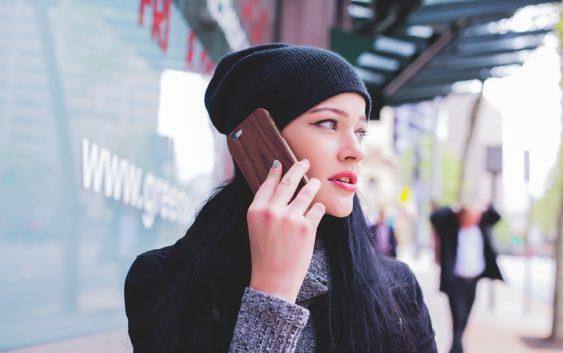 Už jste slyšeli o skládacích telefonech?