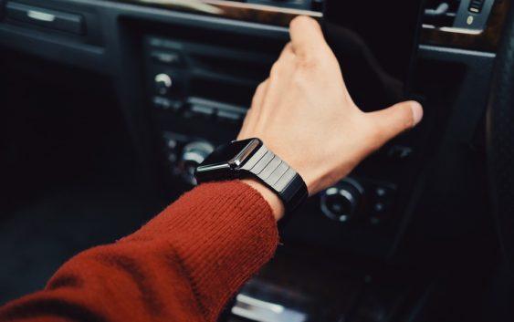 Věděli jste, že existují chytré hodinky, které není třeba nabíjet?